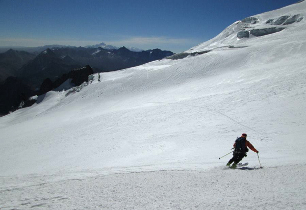David skiing down Mururata at about 5400m.