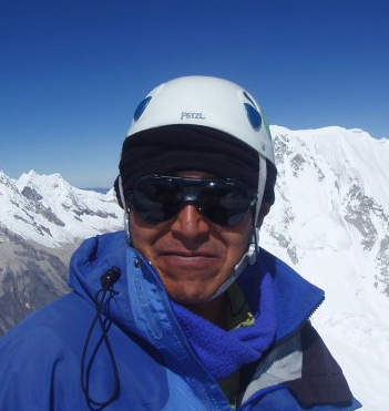 Damian Aurelio, IFMGA, Quechua, Spanish and English, lives in Huaraz, Peru